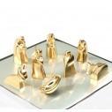 Pesebre de Lujo Dorado una Joya de Navidad 8 figuras con Baño en Oro